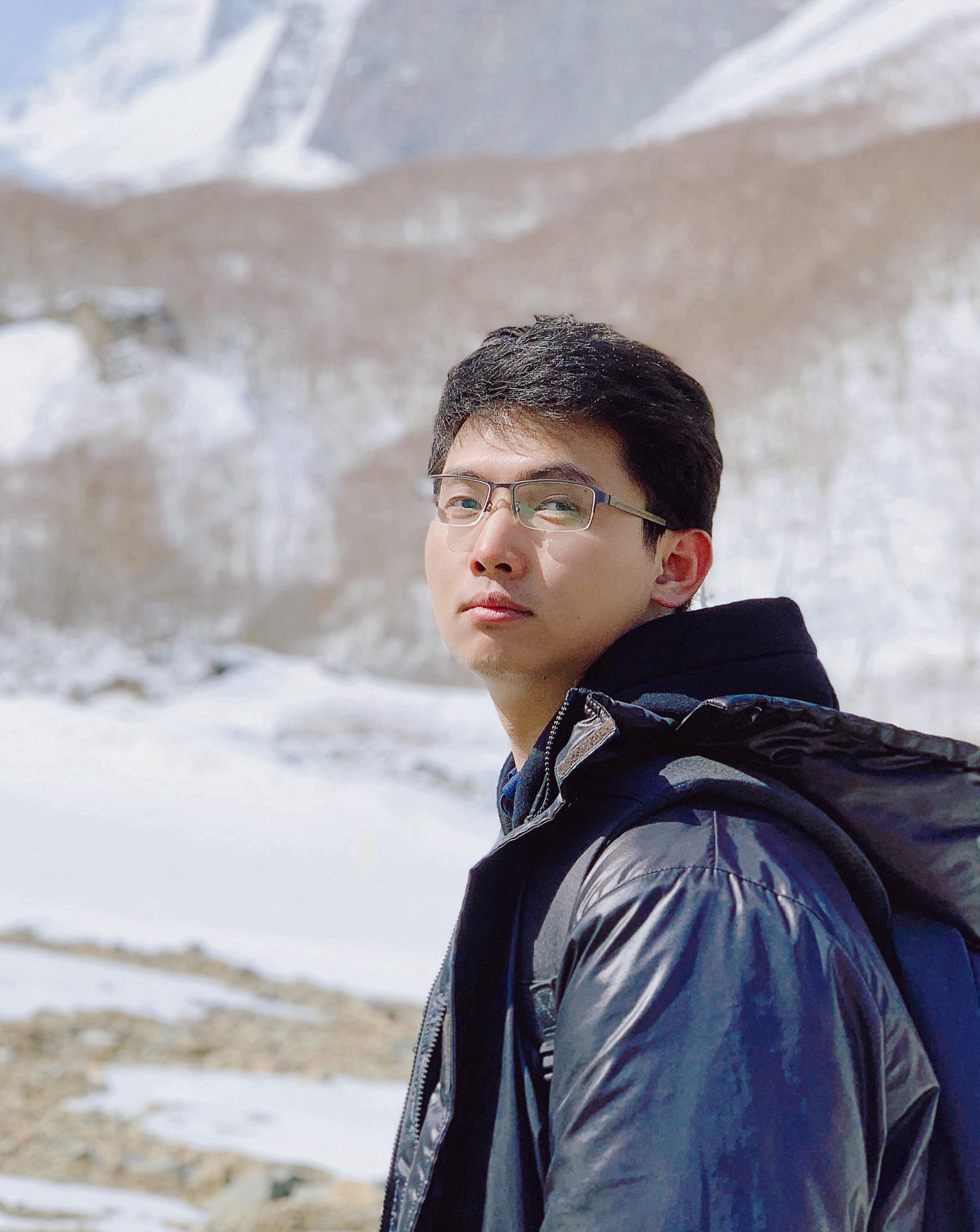 Jiarui Qin